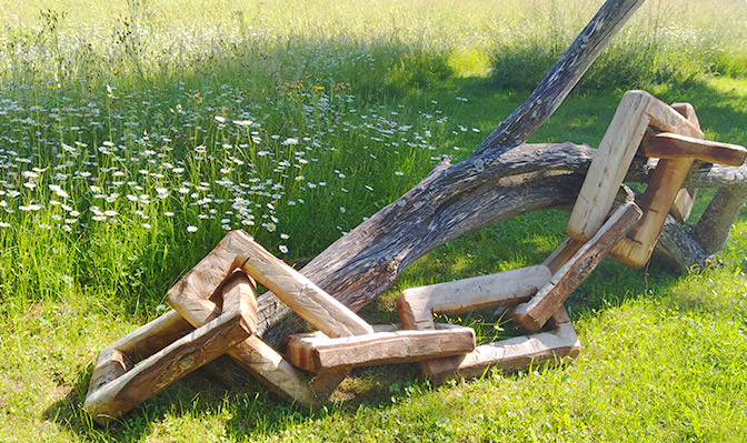 Kunstwerk aus Holz