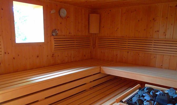 Unsere Sauna für bis zu vier Personen