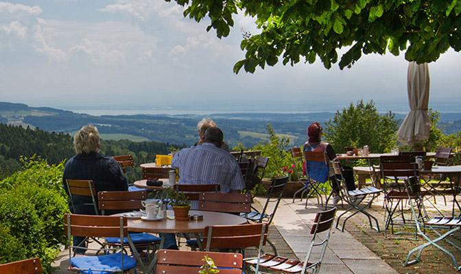 Panorama vom Berggasthof Höchsten